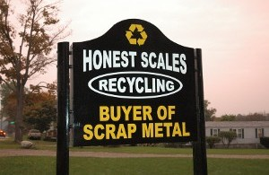 Honest Scales Sign